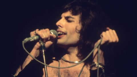 """Queen lead singer Freddie Mercury<a href=""""http://www.nytimes.com/1991/11/25/arts/freddie-mercury-45-lead-singer-of-the-rock-band-queen-is-dead.html"""" target=""""_blank"""" target=""""_blank""""> revealed his AIDS diagnosis only a day before he died in 1991</a>."""