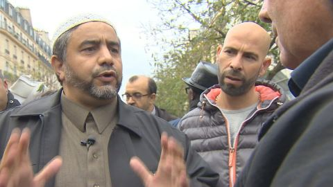 paris muslims denounce terror attacks_00004822.jpg