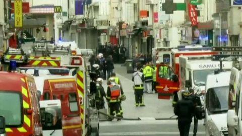 paris attacks terrorist apartment raid france sot _00001506.jpg