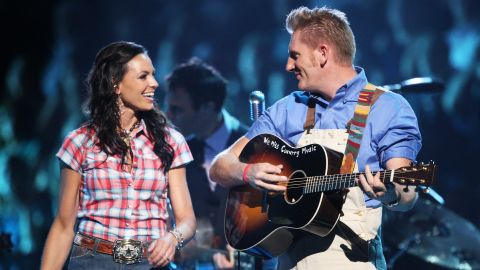 Joey and Rory Feek of the country duo Joey + Rory performed at the 2009 CMT Music Awards.