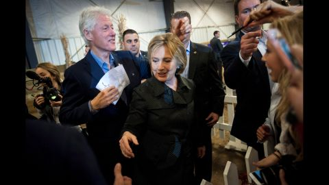 Image #: 40856824    Democratic U.S. presidential candidate Hillary Clinton (R) and former U.S. President Bill Clinton greet supporters at the Central Iowa Democrats Fall Barbecue in Ames, Iowa November 15, 2015. REUTERS/Mark Kauzlarich /LANDOV