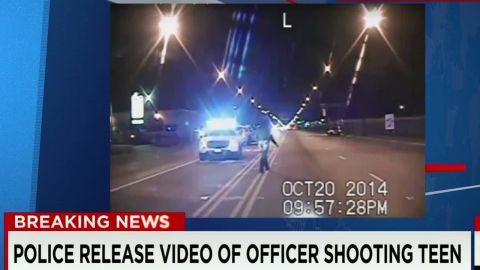 Laquan McDonald shooting police dashcam video released_00003328.jpg