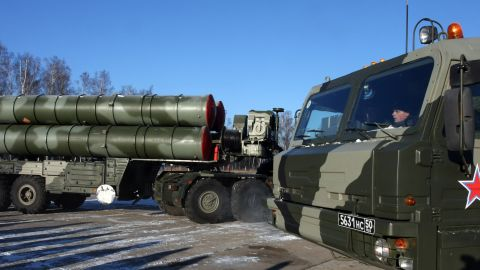 A new generation air defence system S-400 Triumf, also known as a SA-21 Growler, moves during exercises at the anti-aircraft defence military unit near Elektrostal, outside of Moscow on December 2, 2010.