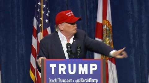 vo trump florida protester ejection_00000000.jpg
