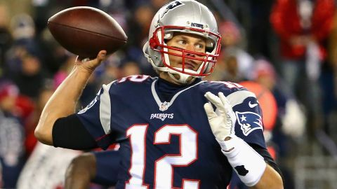 FOXBORO, MA - NOVEMBER 23:  Tom Brady #12 of the New England Patriots throws during the first quarter against the Buffalo Bills at Gillette Stadium on November 23, 2015 in Foxboro, Massachusetts.  (Photo by Maddie Meyer/Getty Images)