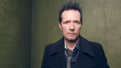"""<a href=""""http://www.cnn.com/2015/12/04/entertainment/scott-weiland-stone-temple-pilots-death/index.html"""" target=""""_blank"""">Scott Weiland</a>, lead singer of Stone Temple Pilots and Velvet Revolver, died December 3 at age 48. Weiland died of an <a href=""""http://www.cnn.com/2015/12/18/entertainment/scott-weiland-cause-of-death-feat/"""" target=""""_blank"""">accidental overdose</a> of alcohol and drugs, the Hennepin County (Minnesota) Medical Examiner's Office said."""