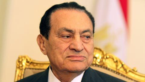 Egyptian President Hosni Mubarak holds a meeting in Cairo on February 8, 2011.