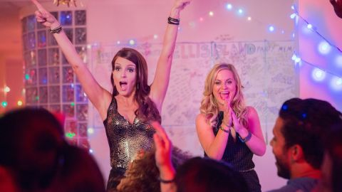 Tina Fey stars as Jane Jones and Amy Poehler stars as Maura Ellis in Universal Pictures' Sisters (2015)