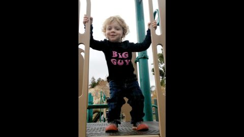 """<a href=""""http://www.handsomeinpink.com/"""" target=""""_blank"""" target=""""_blank"""">Handsome in Pink</a> offers gender-neutral T-shirts for boys and girls, including this one with """"Big Guy"""" written in pink."""