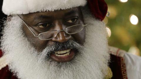 real black santa dee christmas lemon intv nr_00002806.jpg