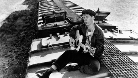 """David Carradine plays singer Woody Guthrie in 1976's """"Bound for Glory,"""" directed by Hal Ashby, which won Wexler his second Oscar. Though Carradine was <a href=""""http://www.huffingtonpost.com/chris-willman/bound-for-hell-or-glory-d_b_177884.html"""" target=""""_blank"""" target=""""_blank"""">apparently not a fan of the look</a>, Wexler was highly praised for his imagery, some of which evoked <a href=""""http://www.metmuseum.org/toah/hd/evan/hd_evan.htm"""" target=""""_blank"""" target=""""_blank"""">Walker Evans' Depression-era photographs</a>."""