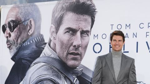 """Some of the biggest names in Hollywood are below average height and a success financially.<br /><br />From """"Top Gun"""" to """"Mission Impossible,"""" Tom Cruise has played many heroes. In 2012, he was Hollywood's highest paid actor, earning $75 million. In collective box office -- a barometer of star wattage -- his movies have made $3.5 billion."""