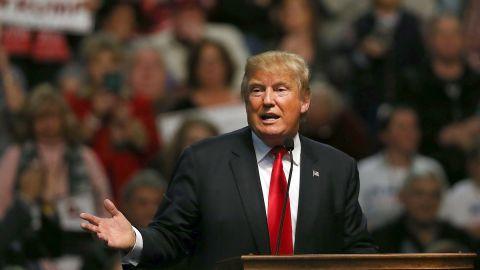 Donald Trump speaks at the Mississippi Coast Coliseum on January 2, 2016, in Biloxi, Mississippi.