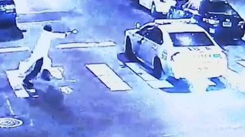Video suspect shoot officer Philadelphia_00000000.jpg