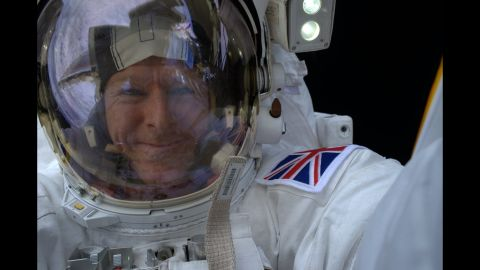 """British astronaut Tim Peake <a href=""""https://twitter.com/astro_timpeake/status/688794621116305408"""" target=""""_blank"""" target=""""_blank"""">tweeted this photo</a> from his spacewalk on Sunday, January 17. """"I think I found the perfect spot for a #selfie,"""" he said."""