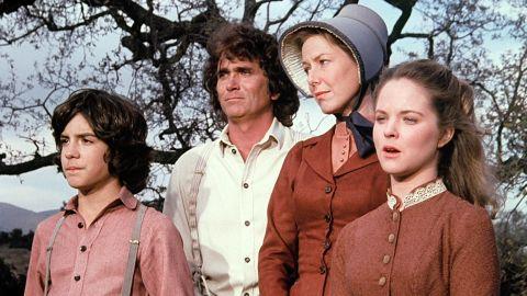 Still of Melissa Sue Anderson, Michael Landon, Karen Grassle and Matthew Labyorteaux in Little House on the Prairie (1974)