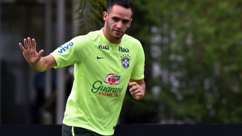 """Corinthians playmaker Renato Augusto reportedly turned down a lucrative offer from a German club to join Beijing Guoan. """"There was a very good offer from Germany, three times more than I make here at Corinthians,"""" Renato was quoted as saying by the South China Morning Post. """"But then came an offer I couldn't refuse."""""""