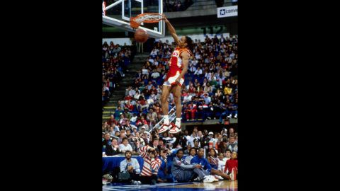 <strong>Spud Webb (1986):</strong> Wilkins was dethroned in the finals by one of the shortest players in league history -- his 5-foot-7-inch Atlanta Hawks teammate, Spud Webb. Webb, competing in his hometown of Dallas, showed off his amazing vertical leap and proved that dunks are not only for the tall guys. (Wilkins is 6-foot-8.)