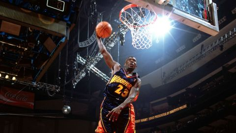 """<strong>Jason Richardson (2003):</strong> Mason came back strong, breaking out a between-the-legs dunk in the finals. But Richardson repeated in style, scoring a perfect 50 on three of his four dunks. His last one was a between-the-legs, one-handed reverse from the baseline. """"I've seen something I've never seen before!"""" yelled commentator Kenny Smith, the slam dunk veteran who finished second in 1990."""
