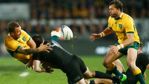 Here Cooper shows the kind of handling skills that prompted Toulon to make him one of the club's big-money signings.