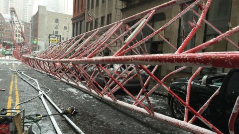 The New York City Fire Department dispatched 33 units with 138 personnel to the scene at 40 Worth Street and West Broadway after the crane collapsed shortly before 8:30 a.m.<br />