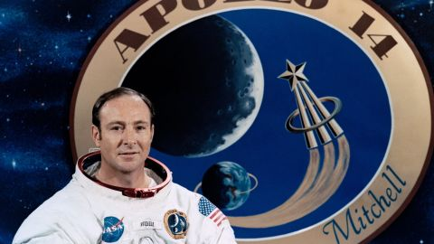 """<a href=""""http://www.cnn.com/2016/02/05/us/edgar-mitchell-moon-astronaut-dies-obit-feat/"""" target=""""_blank"""">Edgar Mitchell</a> was the sixth man to walk on the moon and just one of 12 total who have done so. The Apollo 14 astronaut, who was 85, died on February 4."""