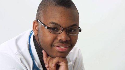 Teen accused of posing as doctor pkg_00003218.jpg
