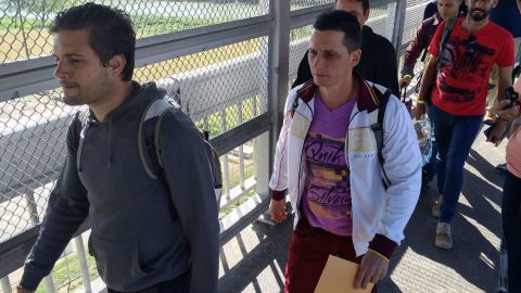 A growing number of Cubans are coming to the United States. Several Cuban nationals crossed a bridge from Mexico into the United States this week in Laredo, Texas.