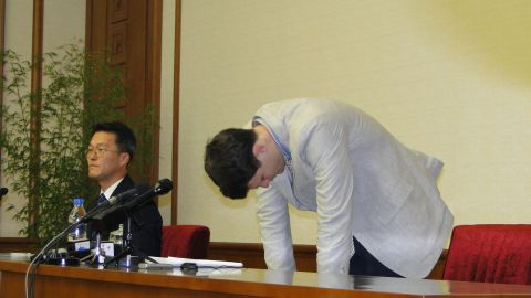 """Warmbier bowed, apologizing to """"the Korean people"""" and said he was manipulated by the U.S. government."""