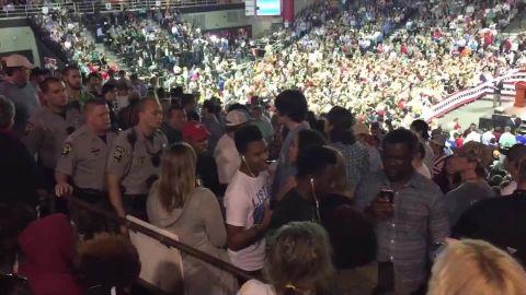 trump rally valdosta students kicked out_00003304.jpg