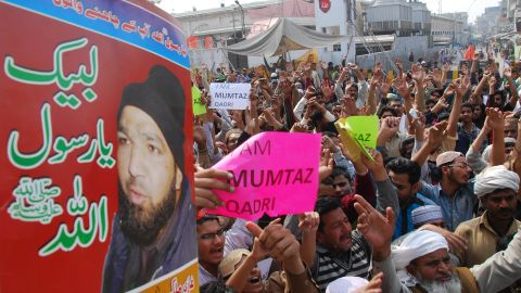 Pakistani demonstrators shout slogans during a protest against the execution of the convicted murderer in Lahore on February 29, 2016.
