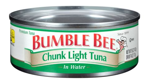 """Bumble Bee Foods, Tri-Union Seafoods and H-E-B have <a href=""""http://www.cnn.com/2016/03/17/health/bumble-bee-foods-tuna-tri-union-seafoods/index.html"""" target=""""_blank"""">voluntarily recalled</a> canned chunk light tuna because of possible health risks, the Food and Drug Administration said in mid-March."""