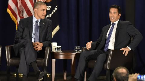 President Obama and Dr. Sanjay Gupta during the National Rx Drug Abuse and Heroin Summit.