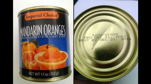 """A Pennsylvania food bank <a href=""""http://www.cnn.com/2016/03/31/health/mandarin-oranges-recall/index.html"""" target=""""_blank"""">is asking consumers to throw away</a> cans of Mandarin oranges distributed from August to January, the U.S. Food and Drug Administration said Thursday, March 31."""