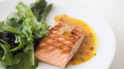 Well-cooked seafood can be a good source of protein as well as omega-3 fatty acids. The Food and Drug Administration notes that protein in meat, poultry and seafood is an important nutrient in a mother-to-be's diet. However, the food must be properly cooked.