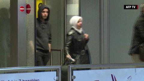 one for one syrian refugees eu turkey deal phil black mobile orig_00002029.jpg