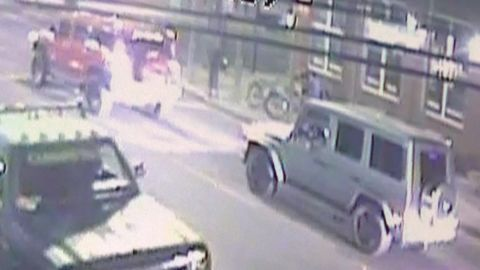 surveillance footage possible hit and run before will smith death_00012126.jpg