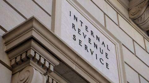 A view of the Internal Revenue Service's headquarters March 24, 2016 in Washington, DC. / AFP / Brendan Smialowski        (Photo credit should read BRENDAN SMIALOWSKI/AFP/Getty Images)