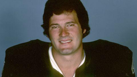 Oakland Raiders linebacker Phil Villapiano in 1977.  (AP Photo/NFL Photos)