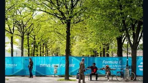 Formula E races are predominantly held on city circuit tracks and aims to promote more sustainable modes of transport for urban areas.