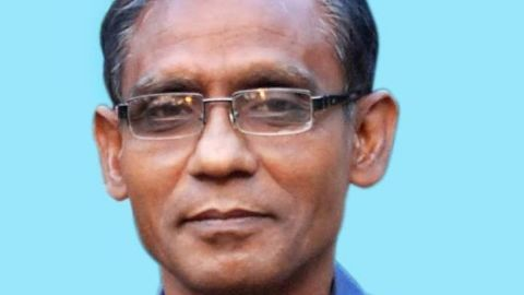 Photo: Professor Rezaul Karim Siddiquee Professor Rezaul Karim Siddiquee a professor killed in Bangladesh on Saturday near his home in the city of Rajshashi. Police say he was waiting for a bus to take him to the university when 2-3 assailants attacked him from behind.