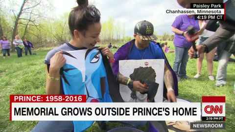 prince paisely park memorial purple boxes young_00003314.jpg