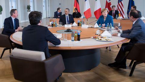 Left to right: British Prime Minister David Cameron, Italian Prime Minister Matteo Renzi, President Barack Obama, German Chancellor Angela Merkel, and French President Francois Hollande meet at Herrenhausen Palace in Hanover, Germany, on Monday, April 25.