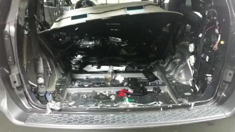 Rat destroys car pkg_00002018.jpg