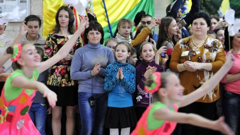 Orlando Bloom visits the center for children's creativity in Svitlodarsk, eastern Ukraine, which specializes in informal education subjects such as art classes and drama.