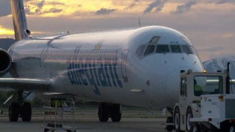 peanut allergy family kicked off airline flight dnt_00010603.jpg