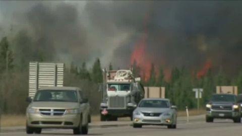 fort McMurray wildfires paul vercammen_00003108.jpg