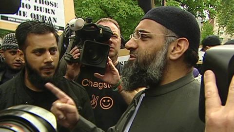 exp Anjem Choudary says the Islamic State is paradise_00000318.jpg