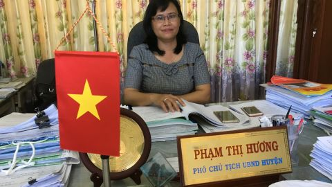 Pham Thi Huong, vice chair of the Ly Son District People's Committee