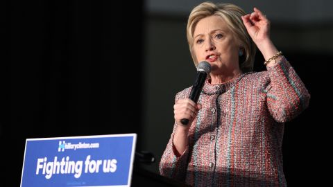 Democratic presidential candidate Hillary Clinton speaks at an event at the UFCW Union Local 324 on May 25, 2016 in Buena Park, California. / AFP / Tommaso Boddi        (Photo credit should read TOMMASO BODDI/AFP/Getty Images)